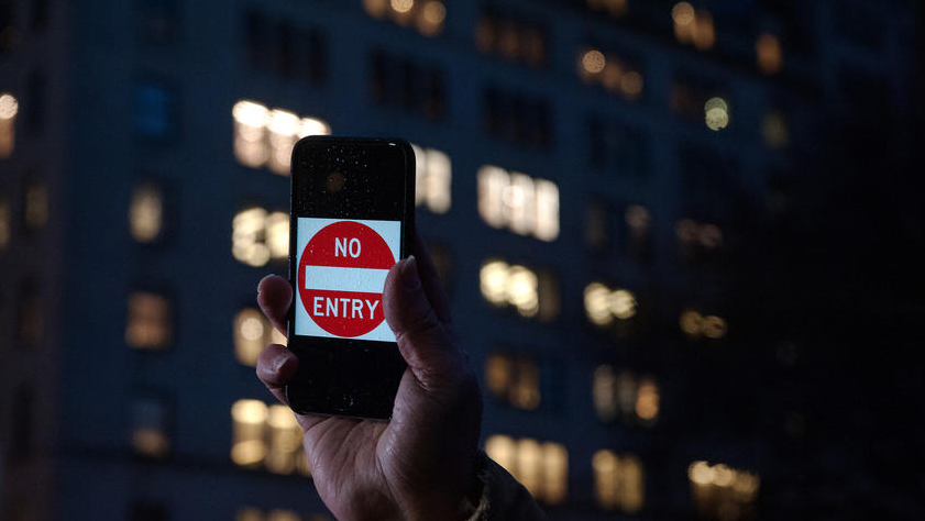 Why few hackers are lining up to help FBI crack iPhone encryption